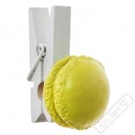 Dekorační kolíček s makronkou žlutý